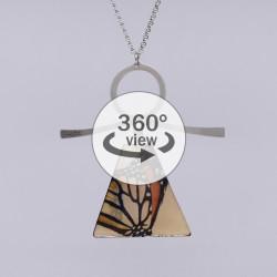 Dixica - 360° Pogled - Žuto-narančasti leptir
